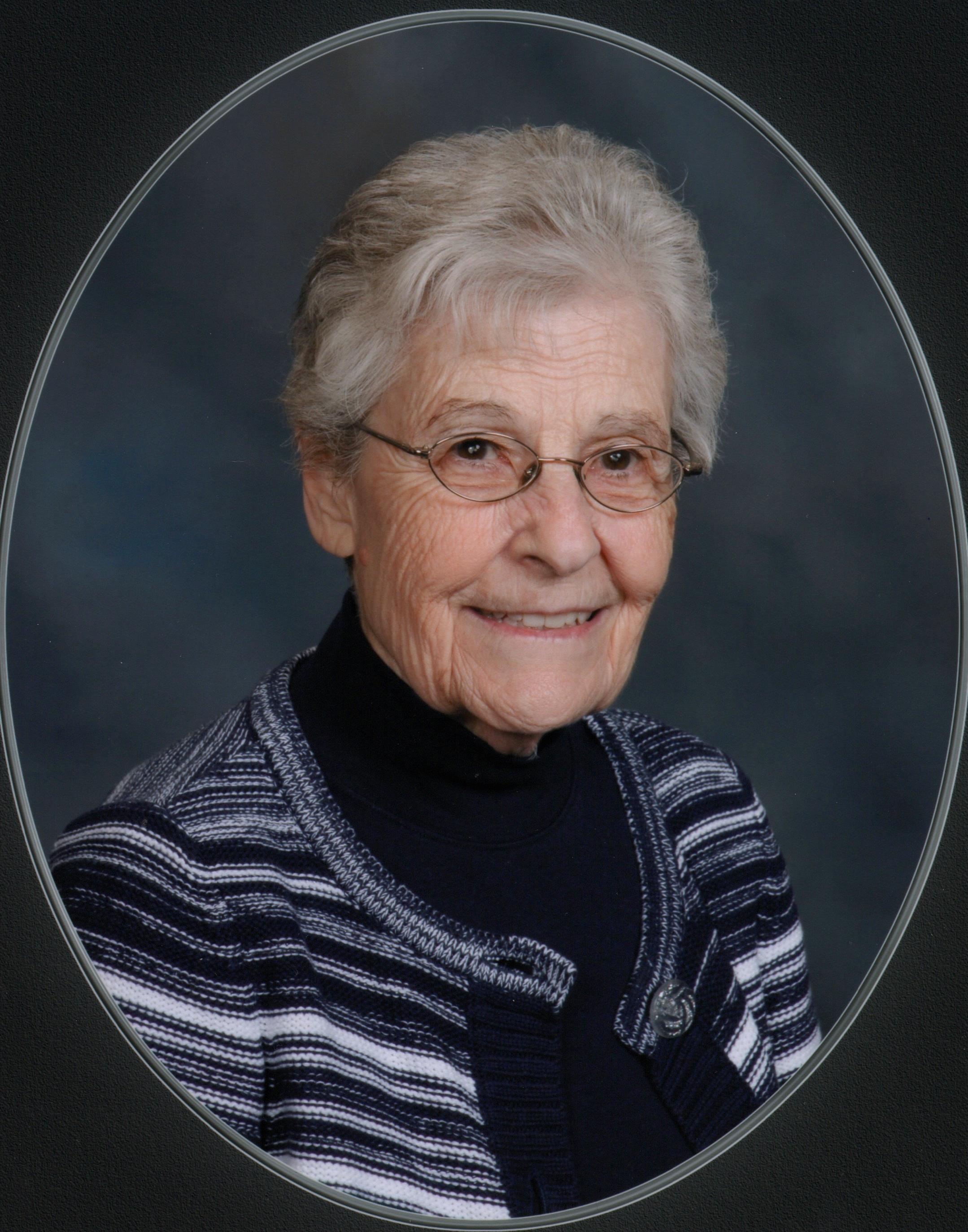 Lois Skinner.jpg