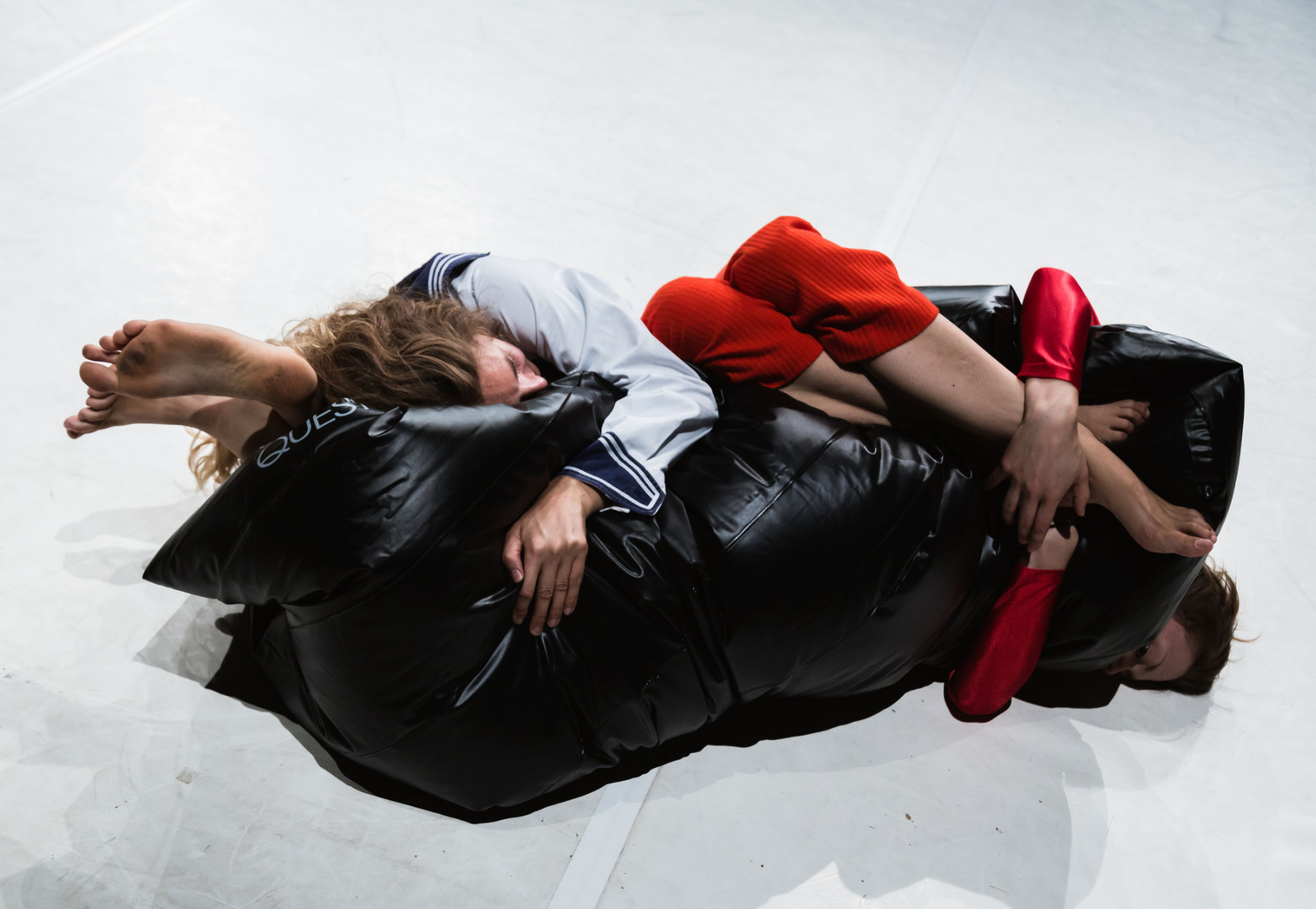 air-mattress dance, Kathryn Hamilton and Alma Toaspern