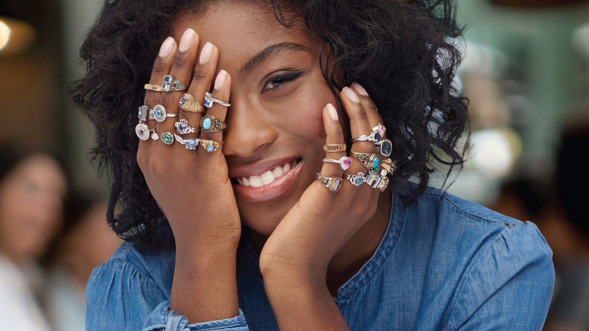Luxe ring girl - full-1499280669630.jpg