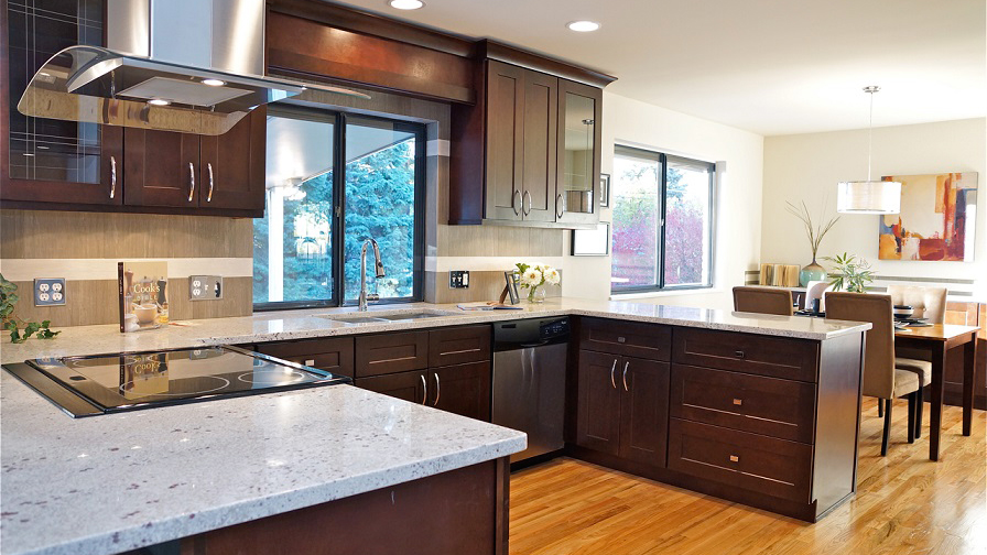 S1_Black_Coffee_Maple_shaker_wood_cabinets.jpg