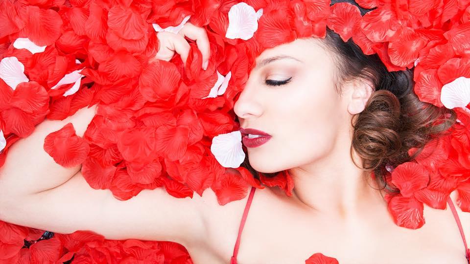ELLE INDIKA   Makeup & Hair: Anetka Nabrdalik    Model: Elle Indika    Photography: Nelli Huie