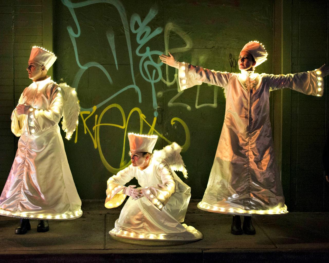 Angels Graffiti 1280 x 1024.jpg