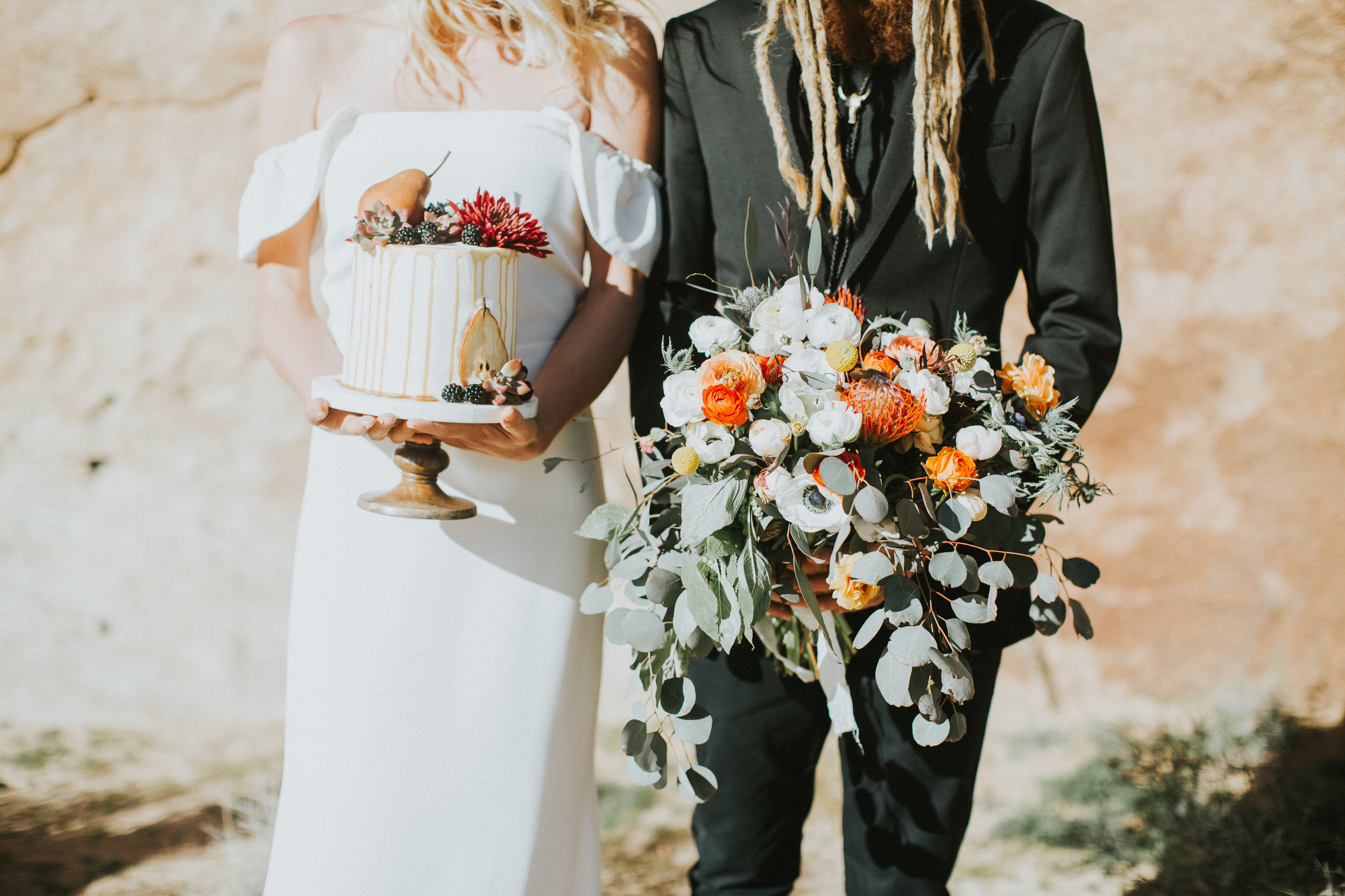 BOHO DESERT ELOPEMENT: STYLED SHOOT