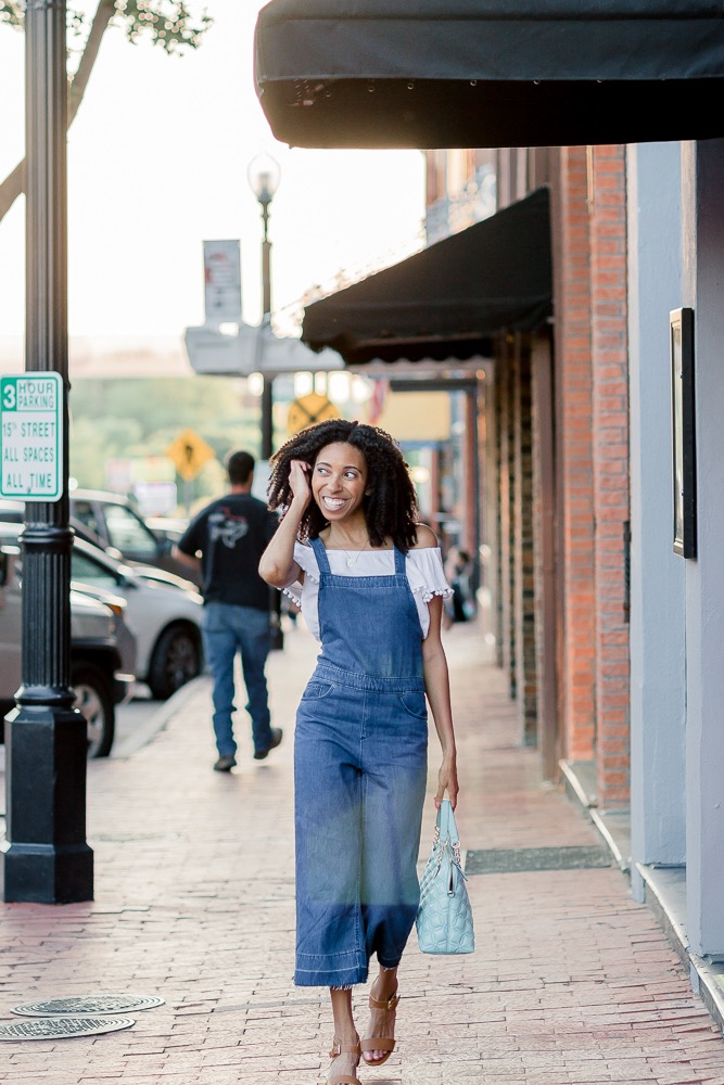 Wide-Leg-Overalls-Outfit.jpg