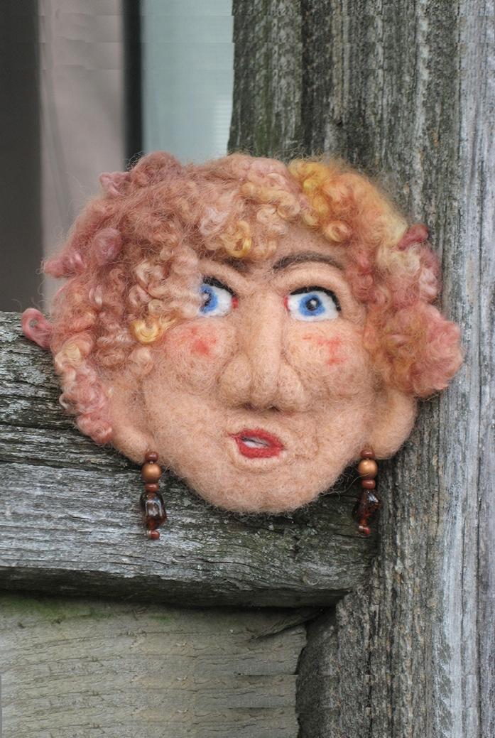JS Peach Face on Fence js.jpg