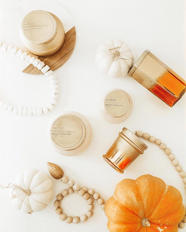 """Let's get lit"" -my @capribluecandles 🎃🕯 Their Pumpkin Dulce scent is a slice of autumn heaven! (Large slice at that!) 🧡🎃 http://liketk.it/2FSS6 #liketkit @liketoknow.it #candles #pumpkin #homedecor"
