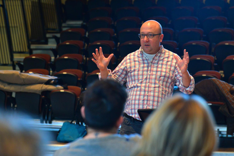 Artistic Director, Timothy Shantz welcomes Spiritus to the workshop.