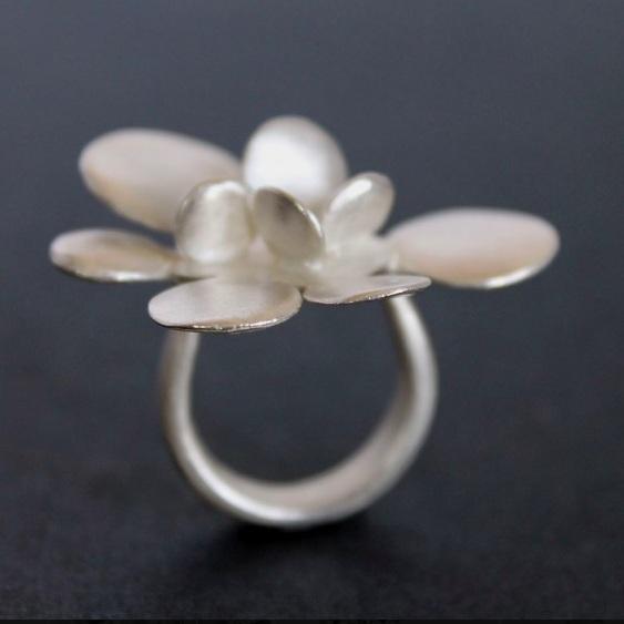 Birgit Holdinghausen - Jewellery