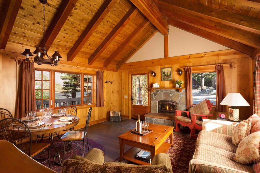 Tamarack Lodge 1.jpg
