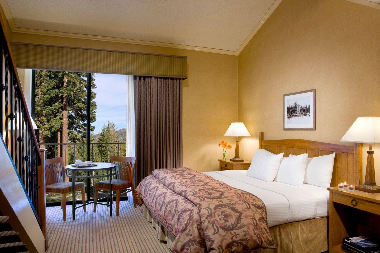 Deluxe Hotel King Loft - MHL2K4 - Master.jpg