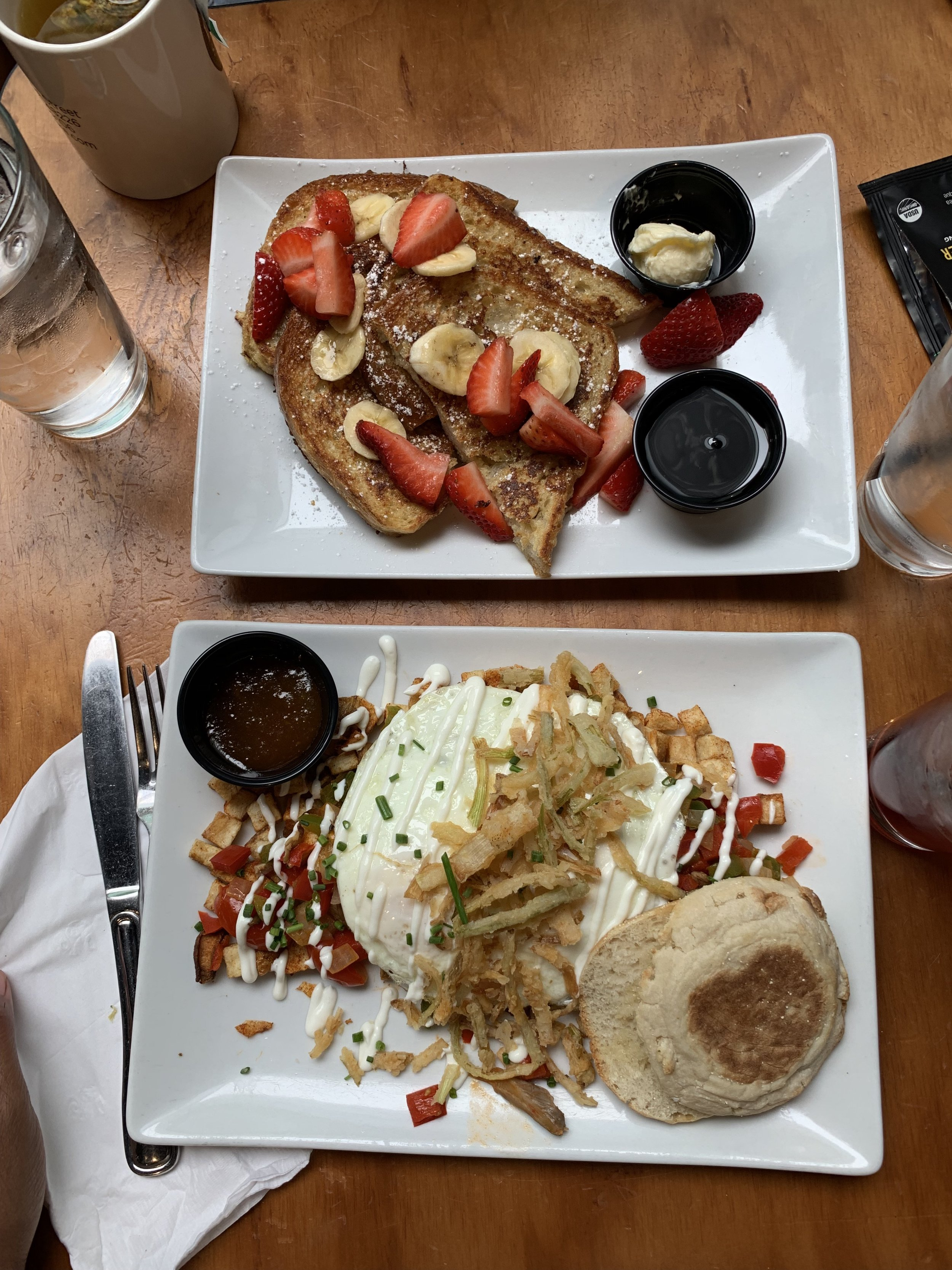 Bomb Brunch at Dime Store