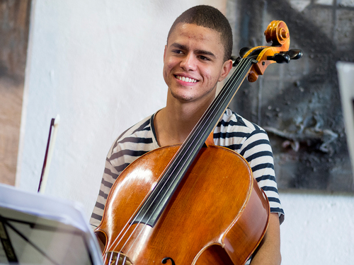 Guilherme Moraes, BR