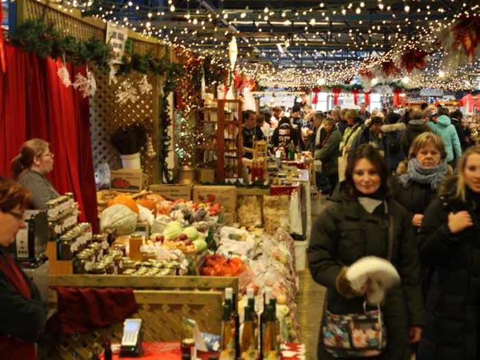 Inside the Montreal Holiday Markets [Canada]