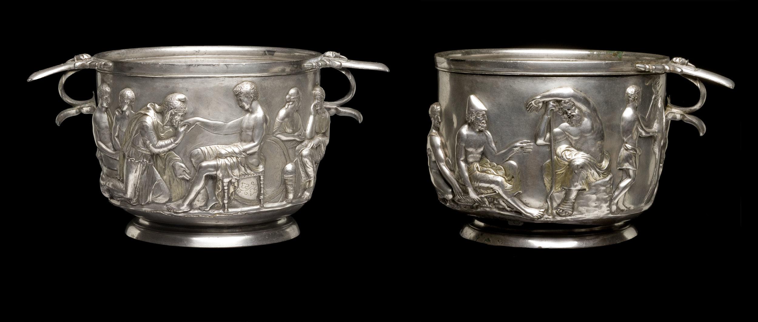 Scyphi sigillati in Hoby inventi. Imagines fecerunt Robertus Fortuna et Kira Ursem, Musaeum nationale regni Daniae.