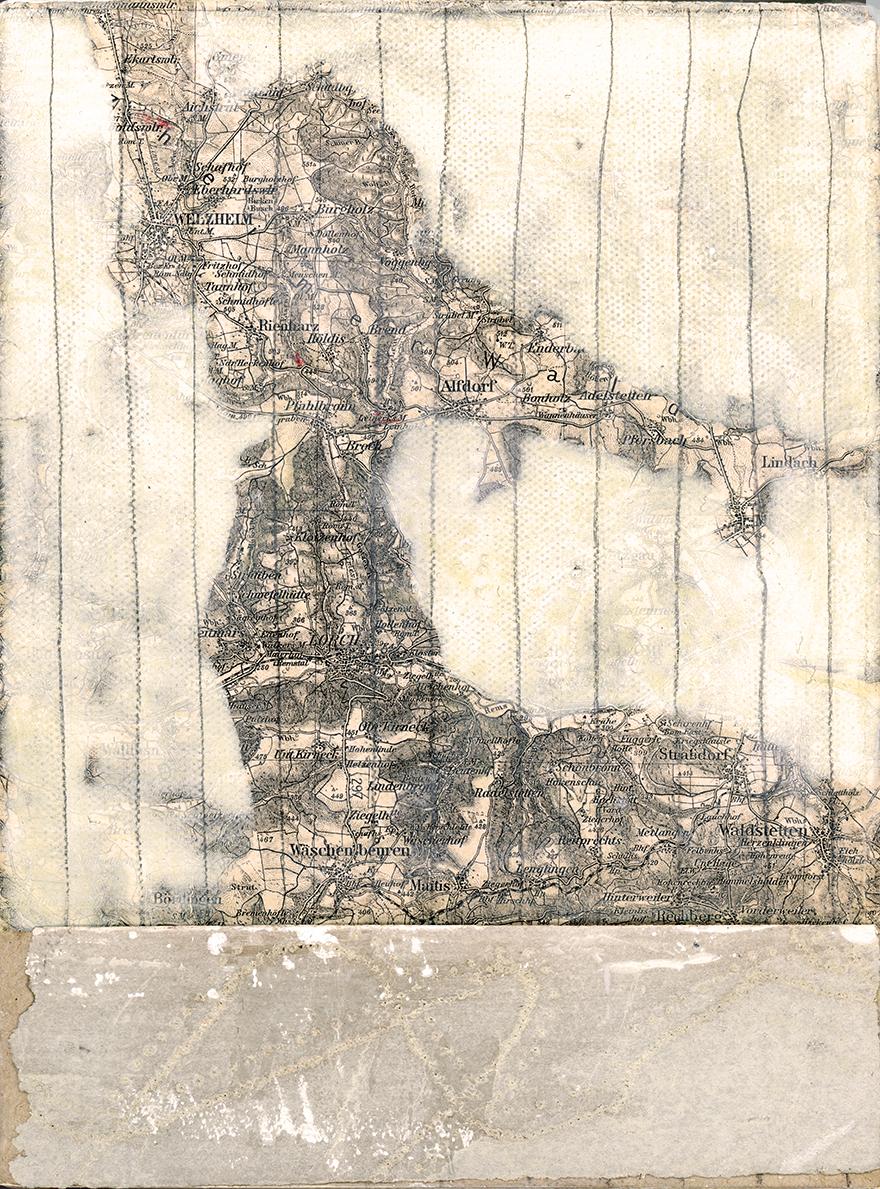 rahel_mueller_3 von 5 mit landkarte 2013_landing copy.JPG
