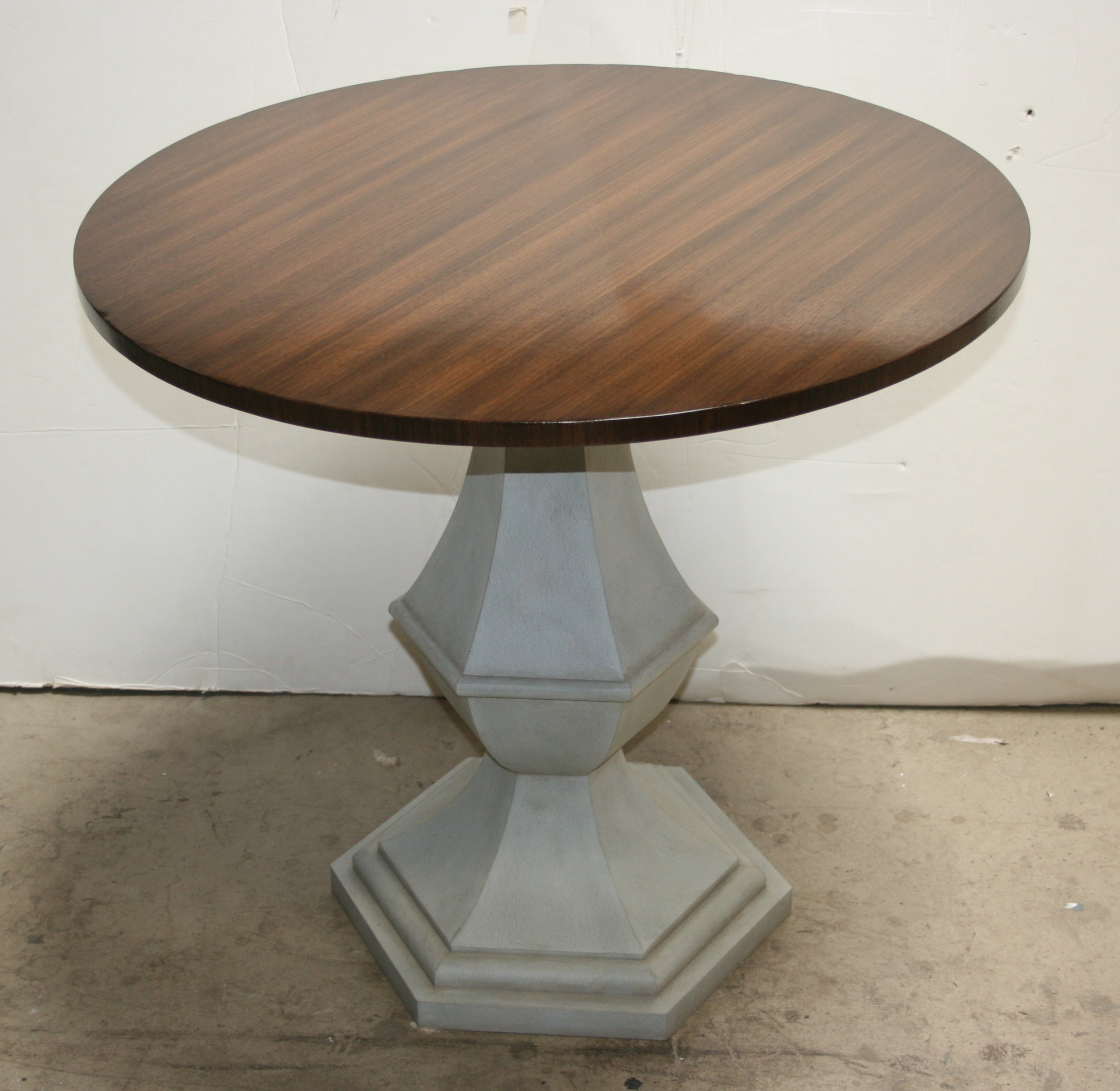 Rosselli Lysy Custom Round Table 2.JPG