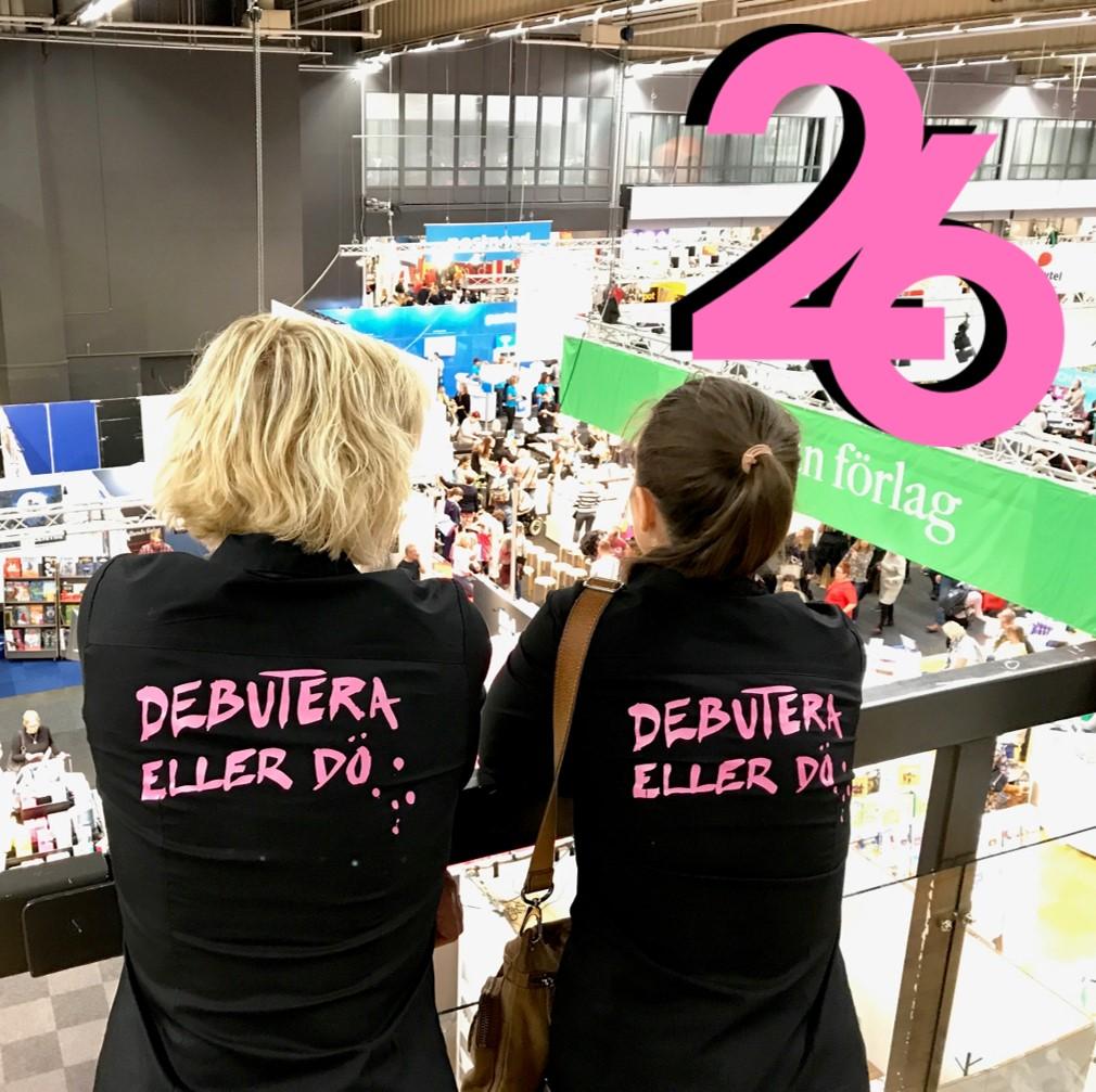 Johanna Devaliant och Nina de Geer som ligger bakom podden Debutera eller dö. Bild lånad från deras avsnitt 26!