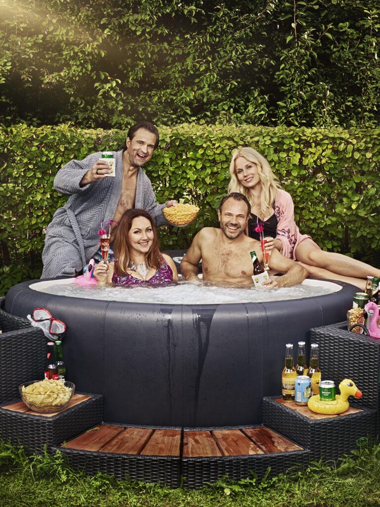Komediserien  Finaste familjen  säsong 3, avsnittsförfattare 2019.