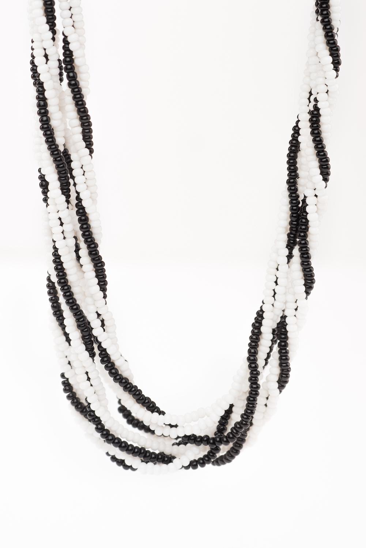 Twisted Necklace (Trad Zebra)-BW2004 (2).jpg