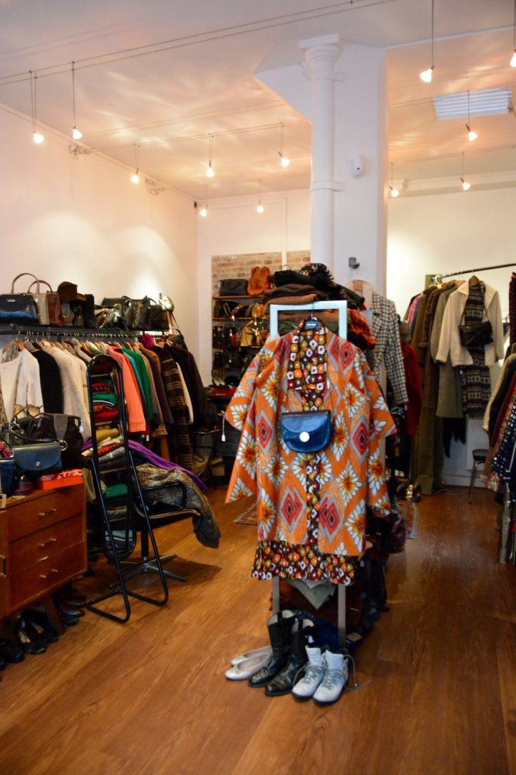 Warm space! Cool clothes!
