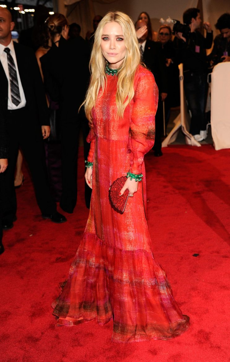 2011- Mary Kate in vintage Givenchy