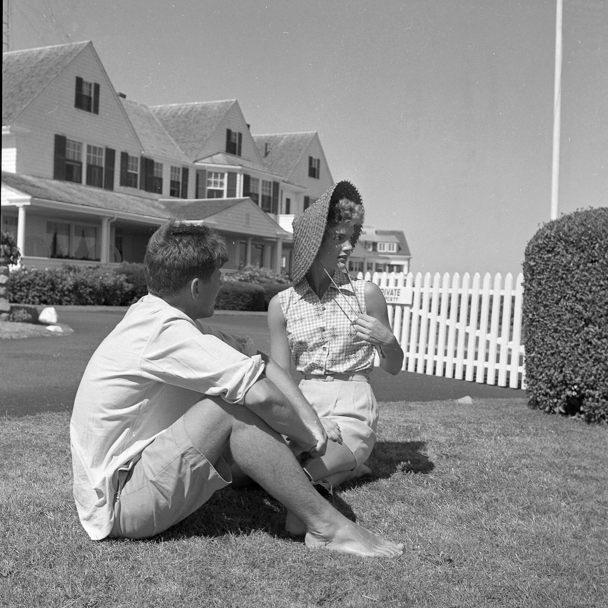 Jacqueline Bouvier and John F. Kennedy in June 1953 via Getty Images/The Hy Peskin Collection