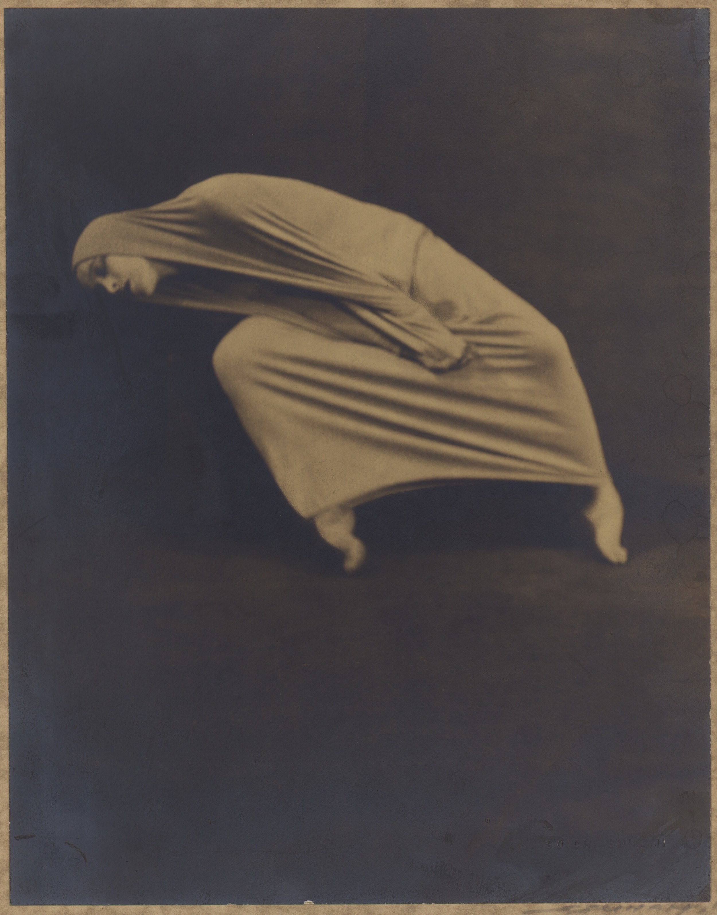 Martha Graham by Soichi Sunami in  Lamentation   via  The Library of Congress