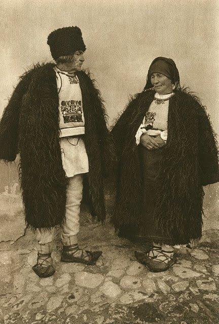 kurt-hielscher-old-romania-one-who-dresses-20.jpg