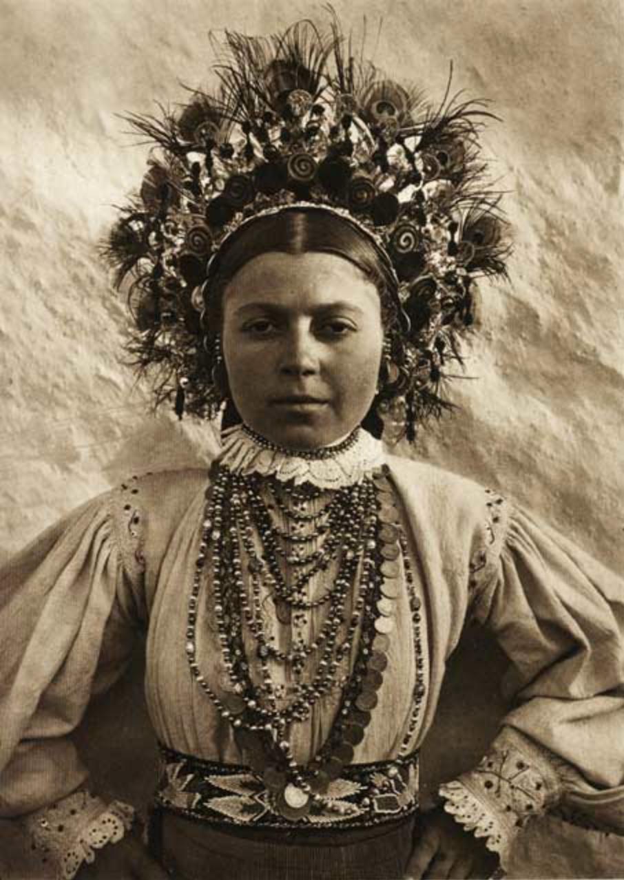 kurt-hielscher-old-romania-one-who-dresses-27.png
