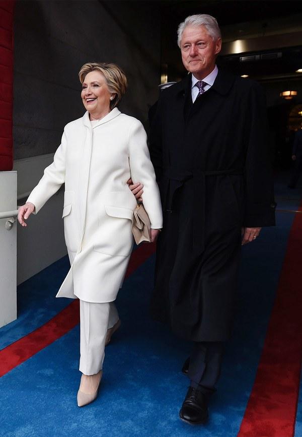 hilary-clinton-white-pantsuit-inauguration-saul-loeb-getty.jpg