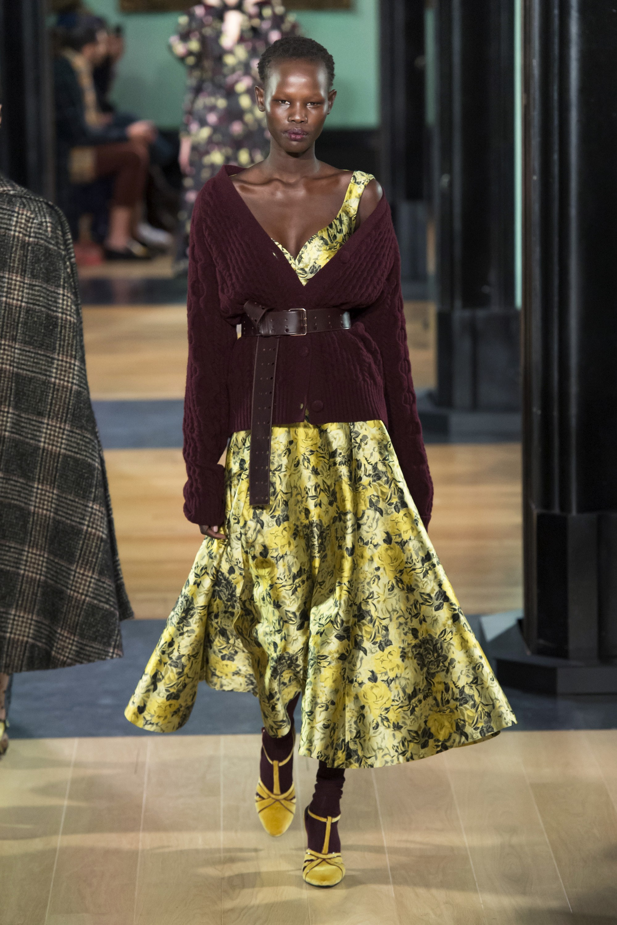erdem-london-fashion-week-fall-2018-rtw-1.jpg