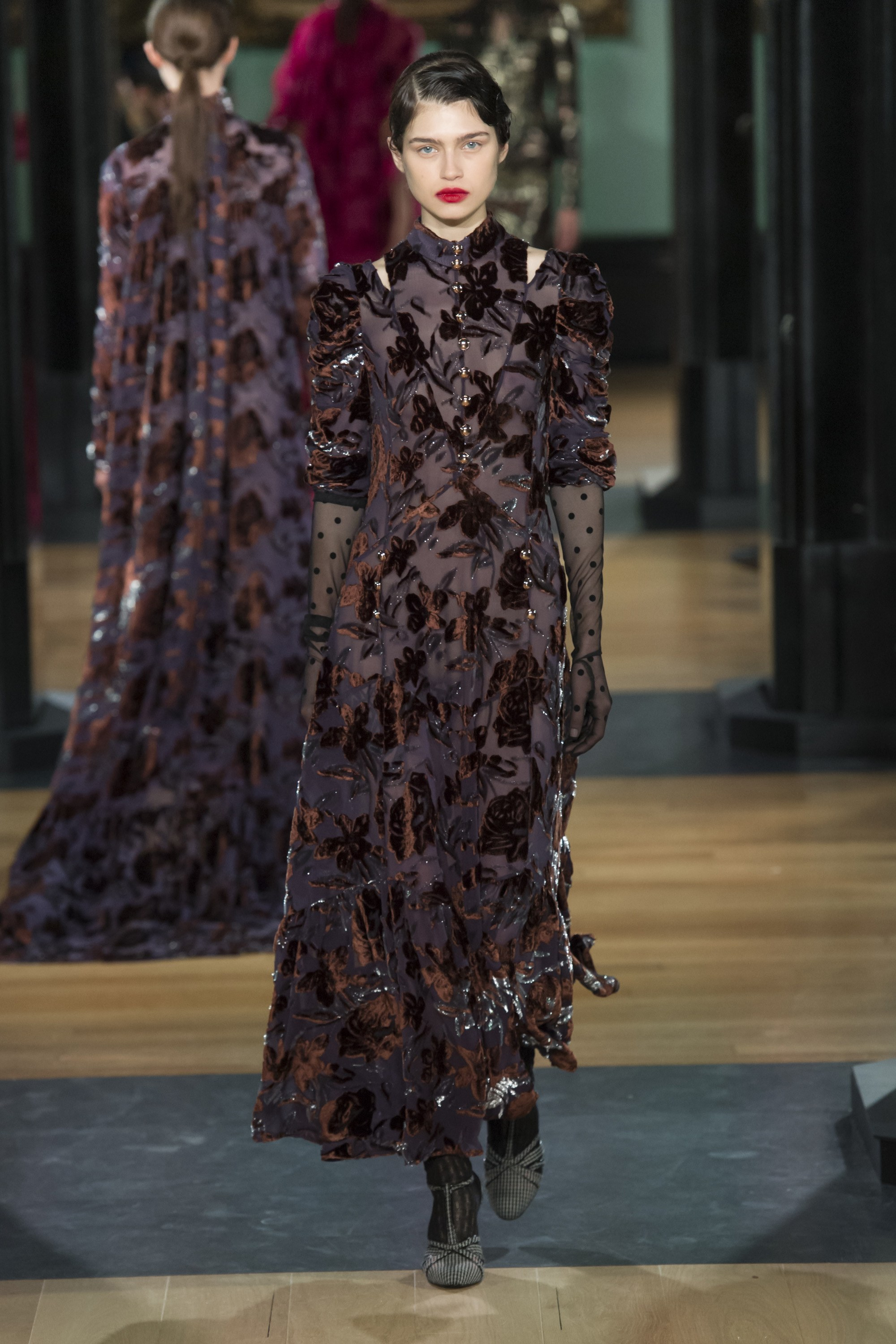 erdem-london-fashion-week-fall-2018-rtw-3.jpg