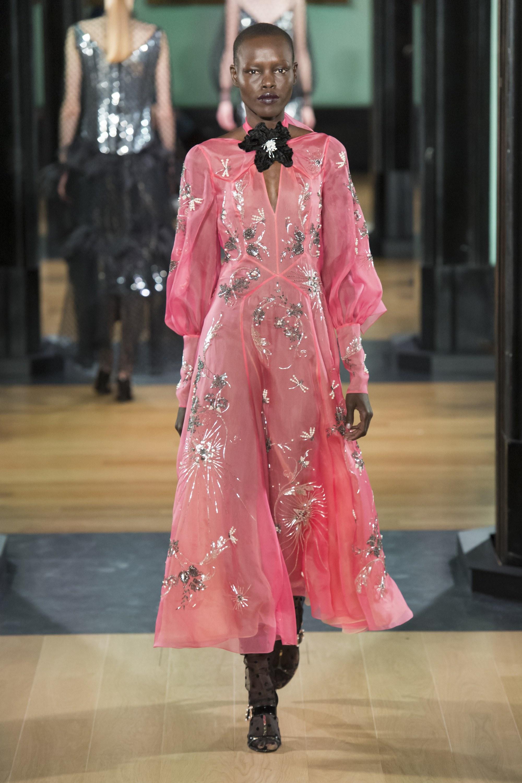 erdem-london-fashion-week-fall-2018-rtw-7.jpg