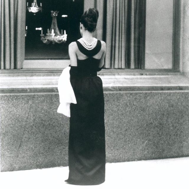 hubert-de-givenchy-audrey-hepburn-breakfast-at-tiffanys.jpg