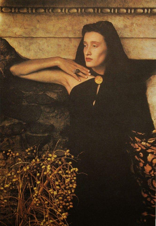 sheila-metzner-marie-sophie-wilson-fendi-1989.jpg