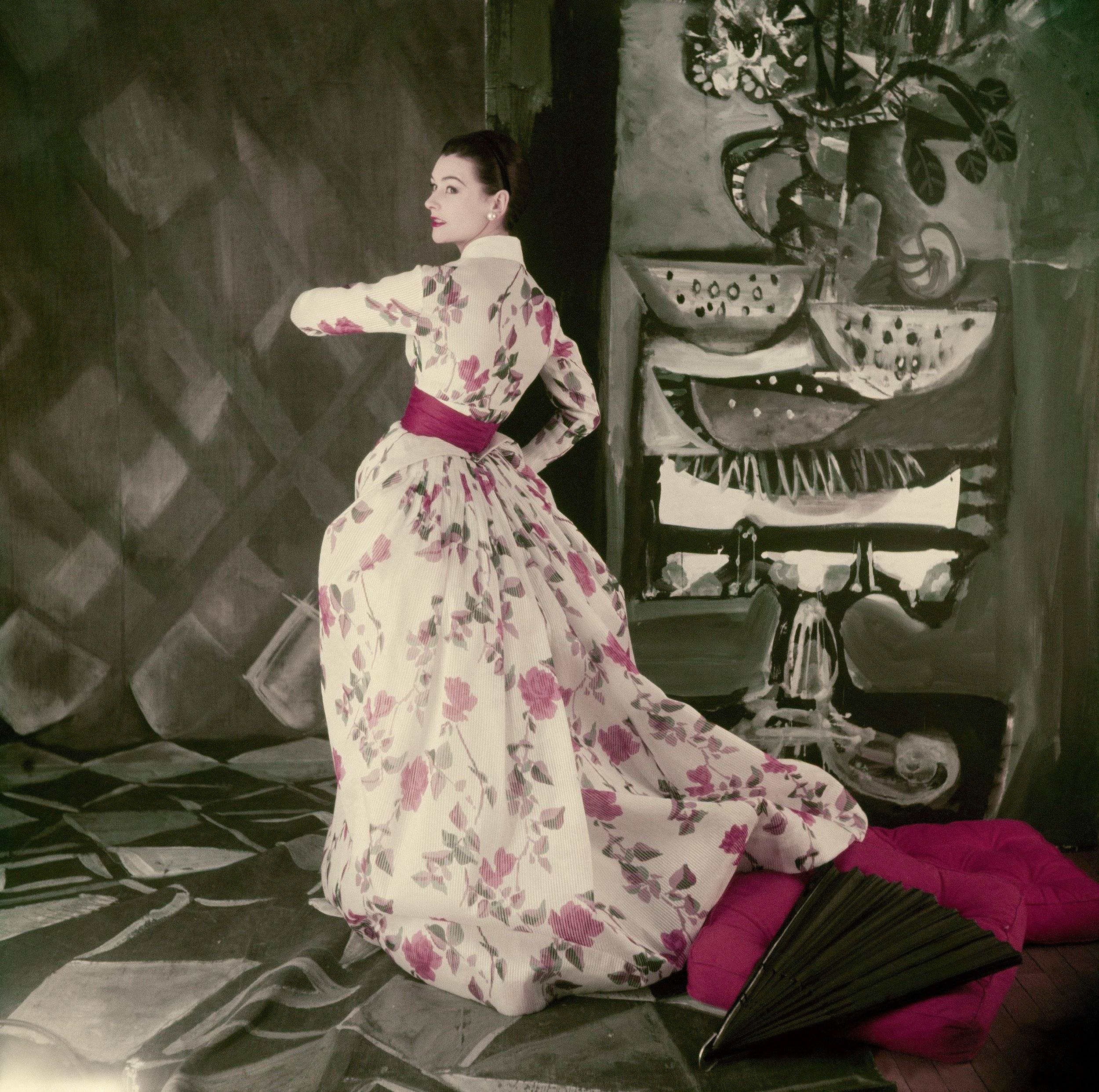 Jacques Fath dress photographed by Henry Clarke, April 1954