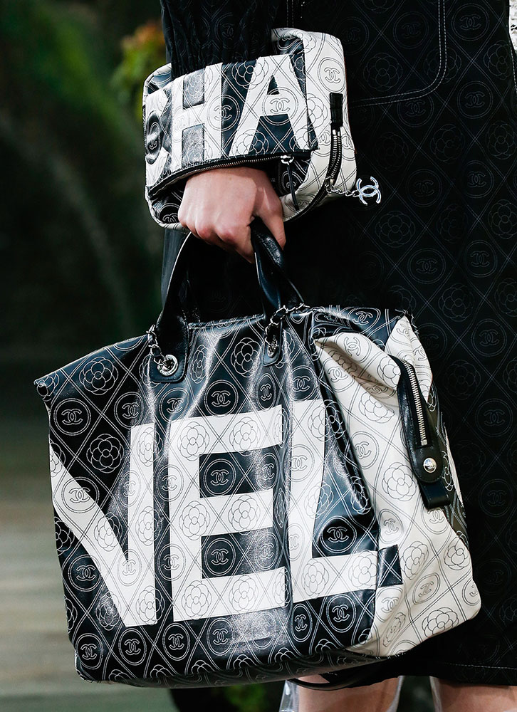 A bag from the Chanel Spring 2018 Ready-to-Wear Collection. Photo: Marcus Tondo/Indigital.tv  via  Vogue Italia.