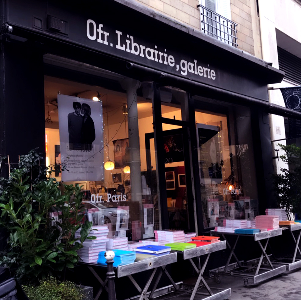 Ofr. Librarie, galerie
