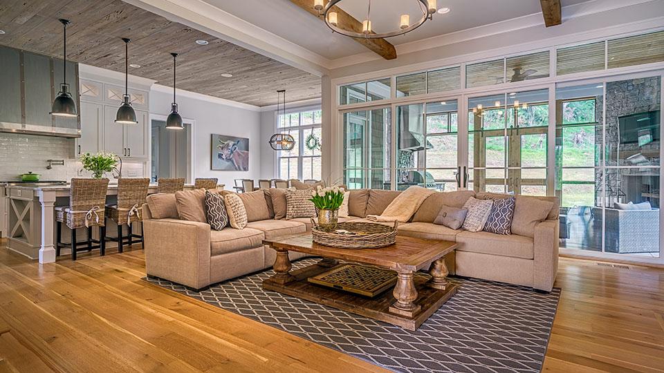 Mattioni living room web.jpg