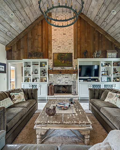 Lawson living room web.jpg