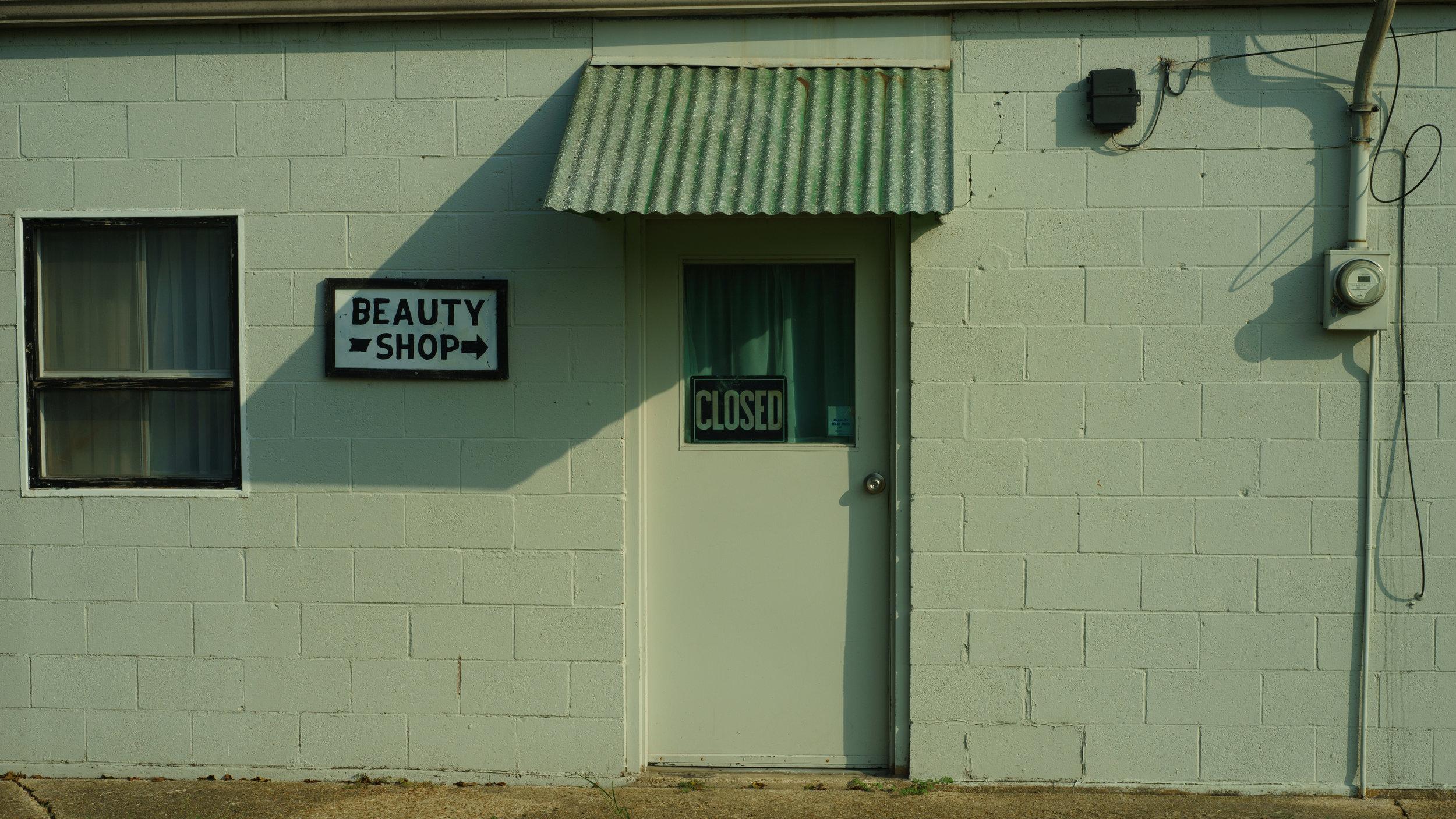 Beauty Shop, Nettleton, AR, 2017