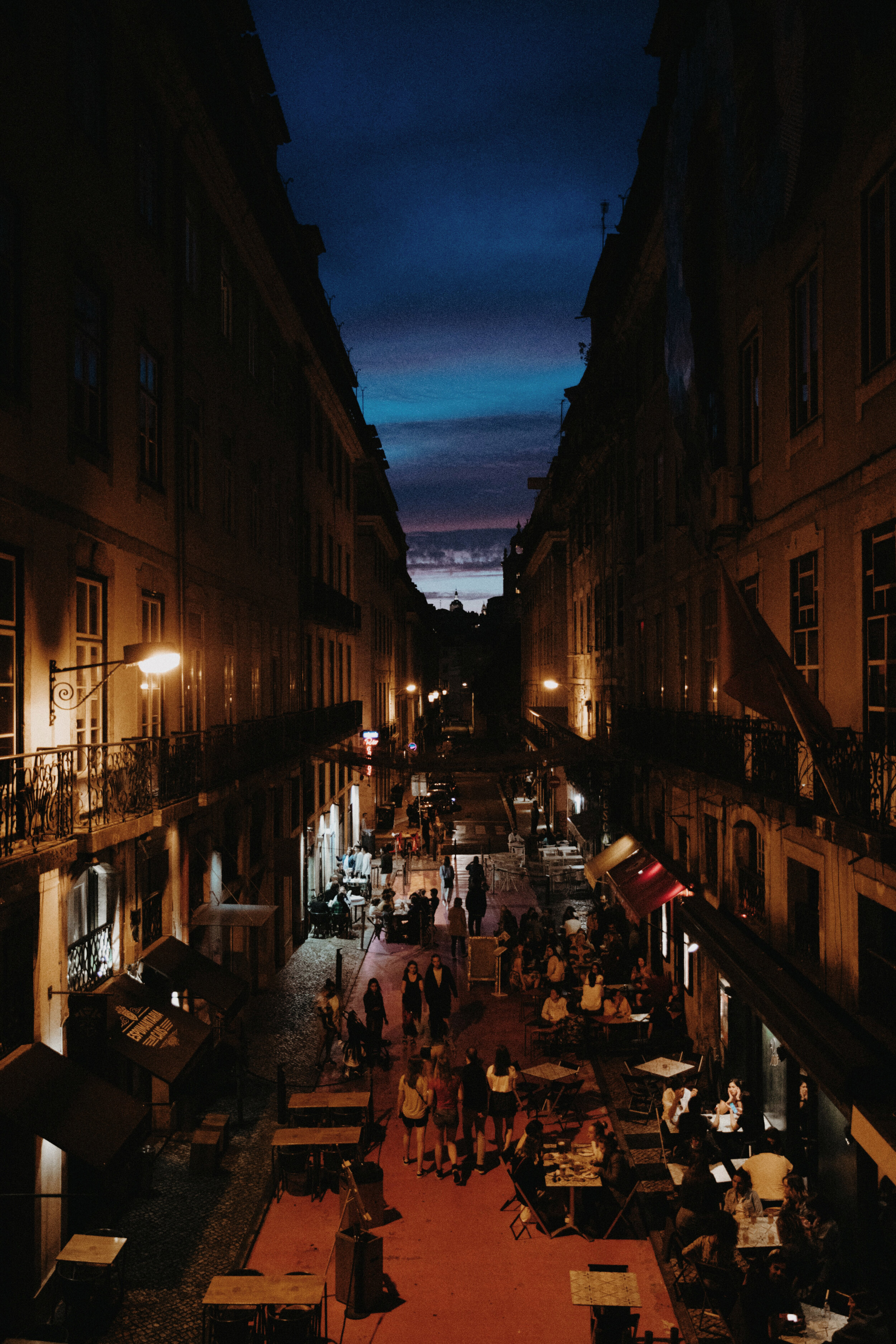 Walking through Lisbon at dusk
