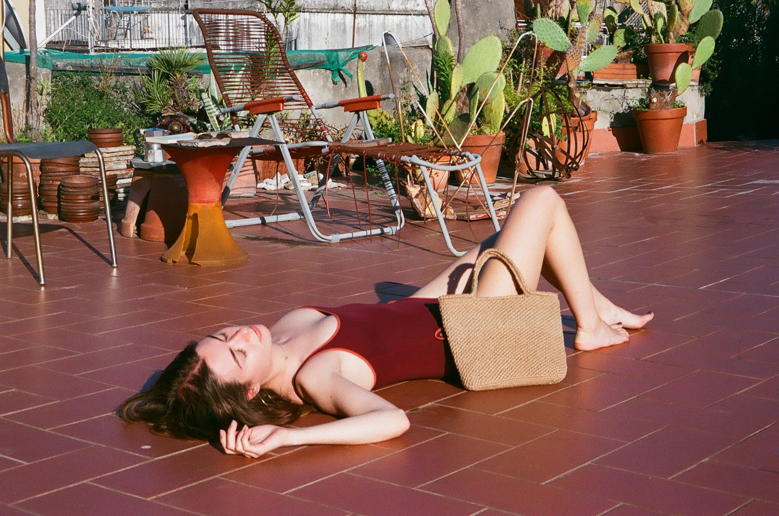 napoli travel italy mediterranean sea beach summer vacay vacation euro european textiles bags jute crochet