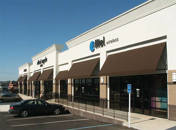 Northpark Crossing storefront, Ridgeland, MS - built by J.A. Moss Construction.