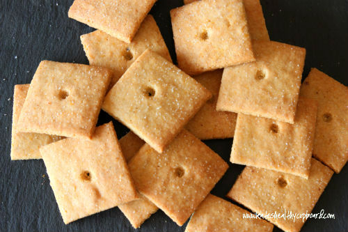 Grain Free Dairy Free Cheez-Its Crackers www.kateshealthycupboard.com