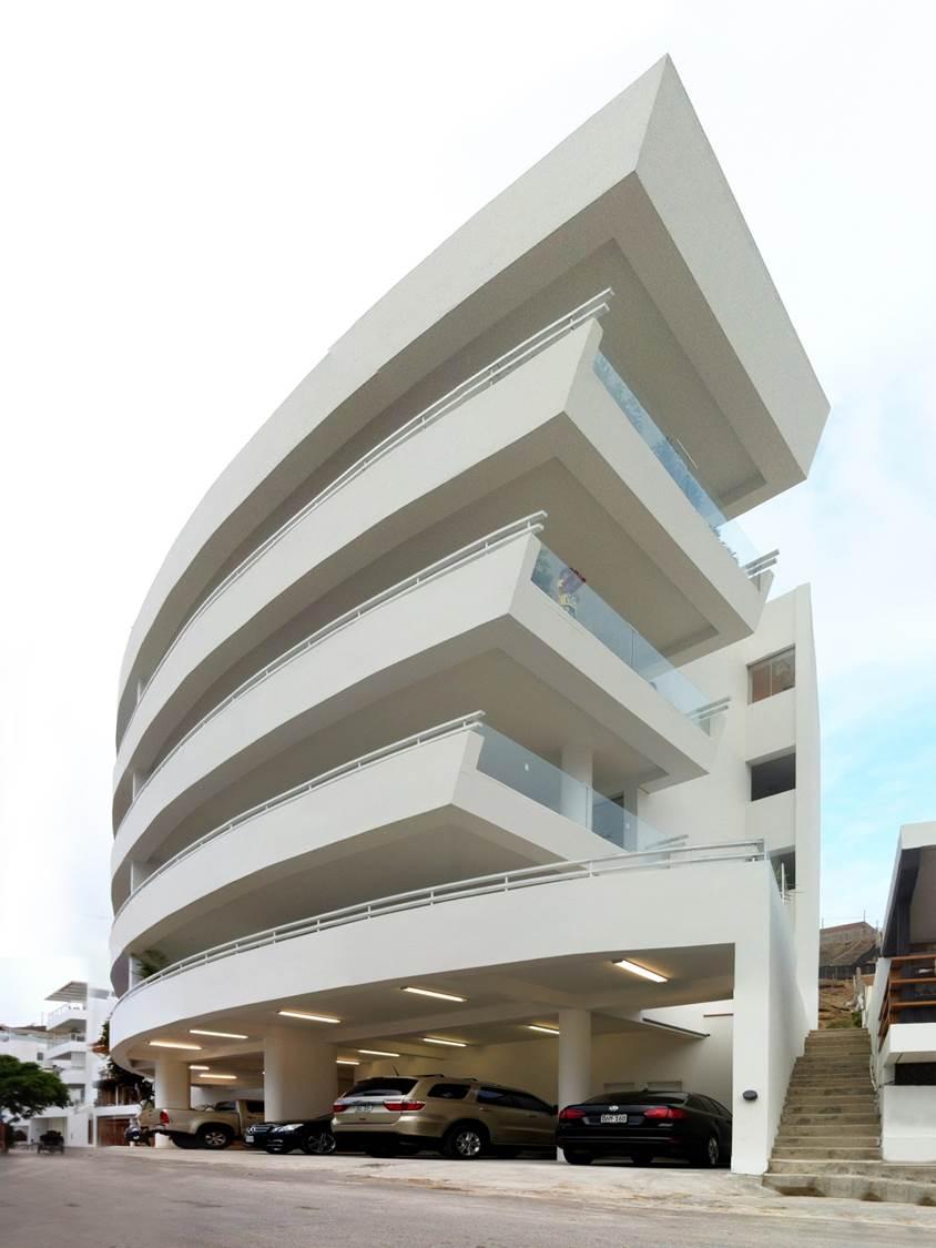 Naplo Beach Apartments [2013]