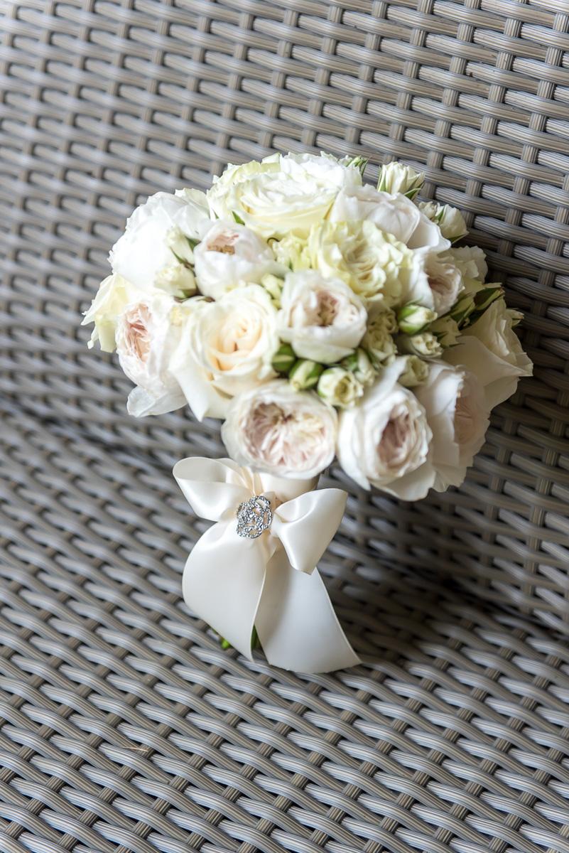 Wedding-in-St-Regis-Hotel,-Courtney-&-Less-0012.jpg