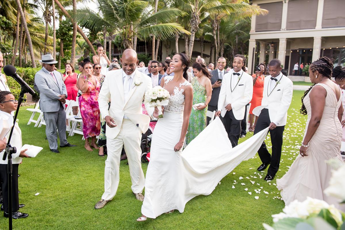 Wedding-in-St-Regis-Hotel,-Courtney-&-Less-0080.jpg