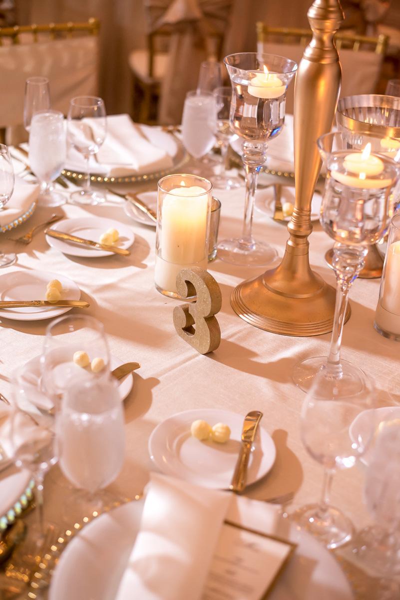 Wedding-in-St-Regis-Hotel,-Courtney-&-Less-0112.jpg
