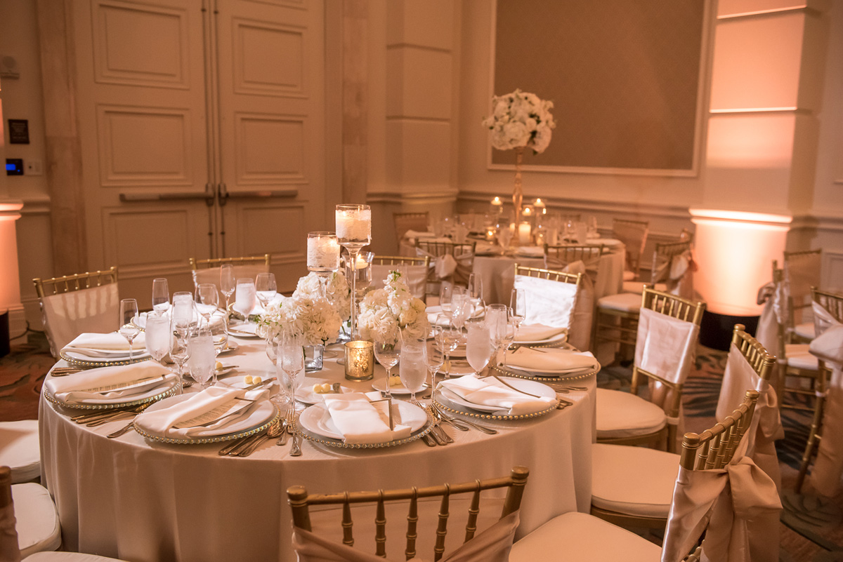 Wedding-in-St-Regis-Hotel,-Courtney-&-Less-0117.jpg